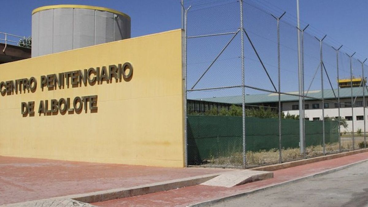 """El acusado de matar a un compañero de cárcel en Granada defiende que lo hizo tras meses de """"tocamientos"""""""