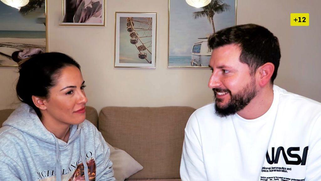 Manu se lanza y hace a Susana las preguntas más comprometidas (2/2)
