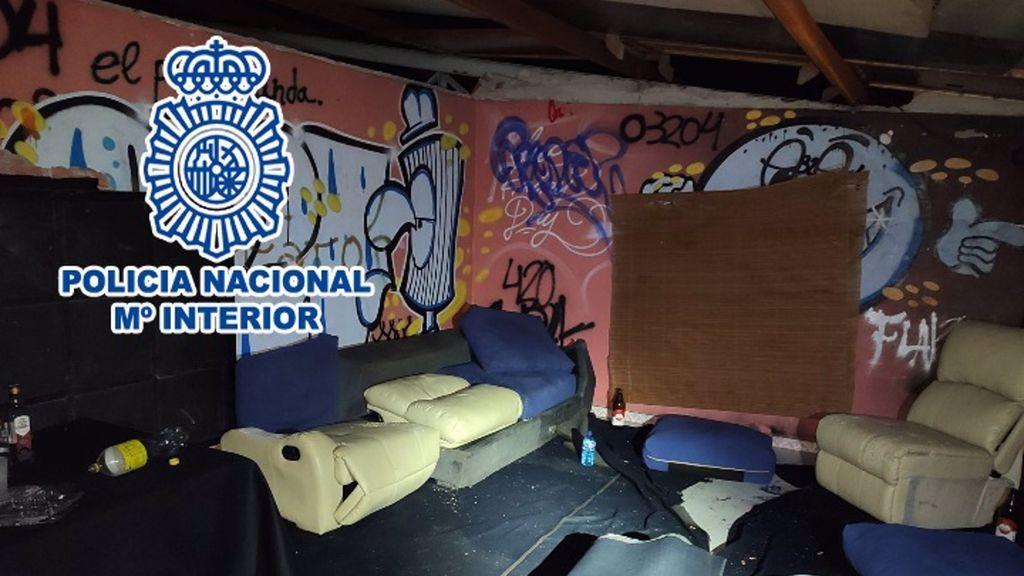 """La Policía interviene en una """"casa de citas"""" de Alicante donde habría mujeres contagiadas de coronavirus"""