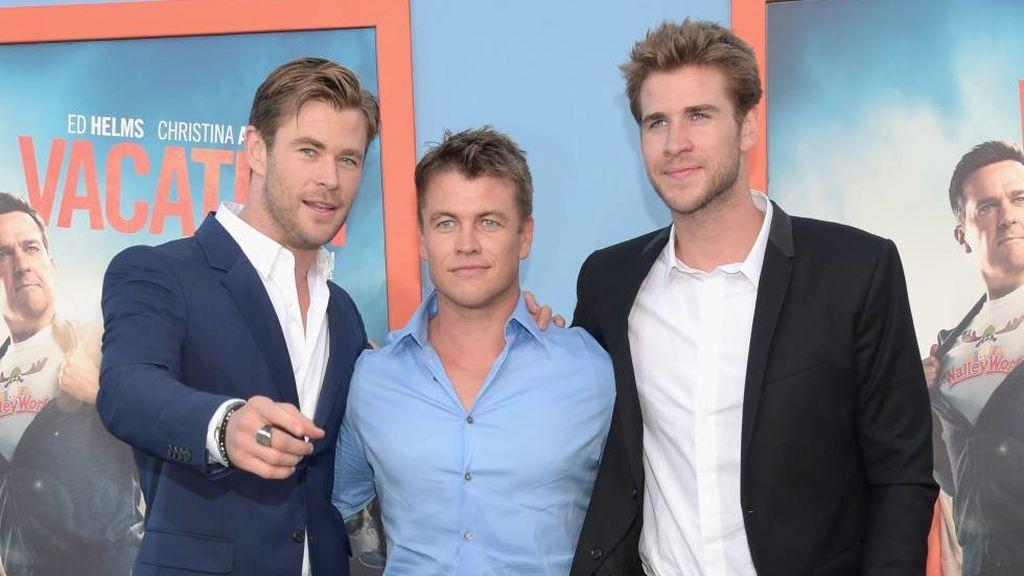 Y entre los hermanos Hemsworth hay una química muy especial.