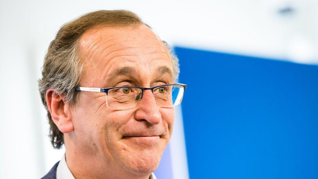 EuropaPress_2669888_expresidente_pp_vasco_alfonso_alonso_ofrece_rueda_prensa_dimitir_presidente