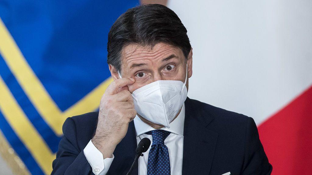 Conte presenta su dimisión y deja paso a una Italia incierta