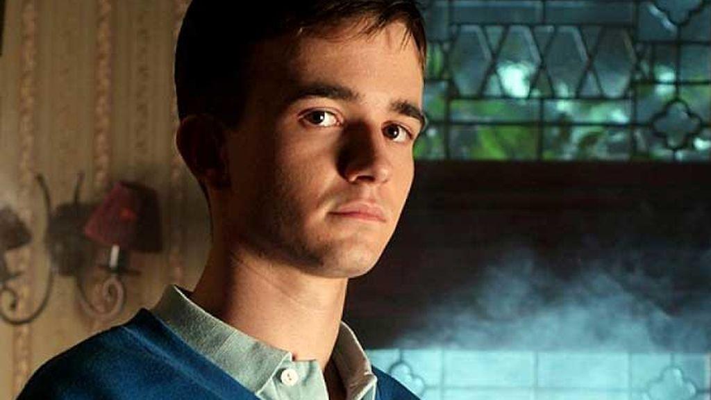 Un actor de 'El internado', acosado desde hace 10 años por su papel de malo en la serie