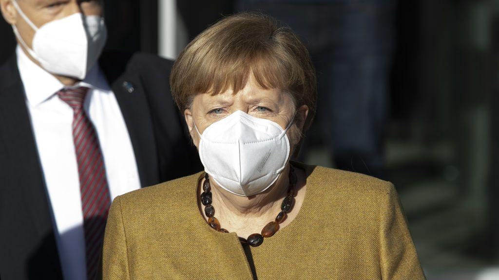 """Alemania estudia """"reducir al máximo"""" el tráfico aéreo"""