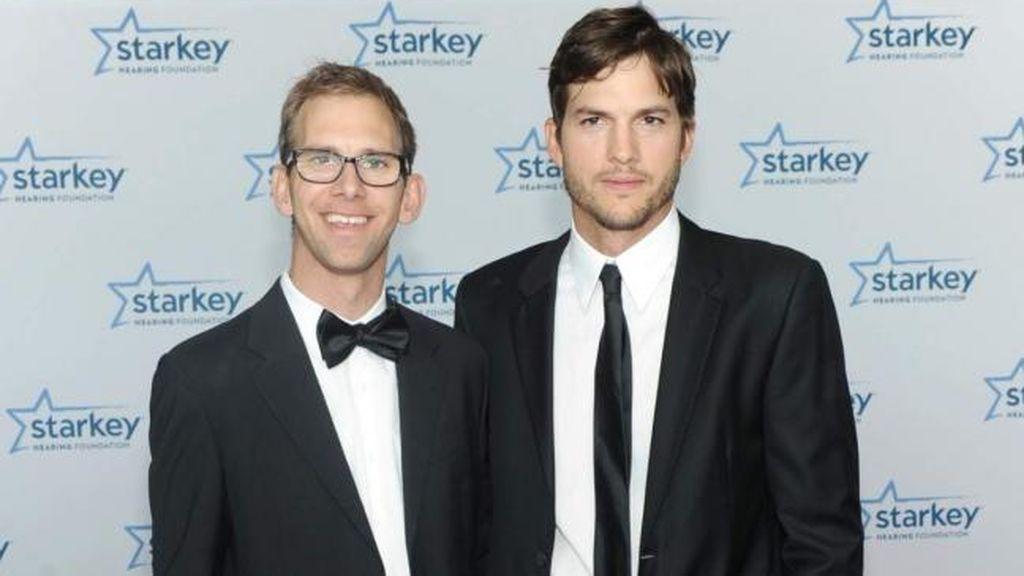 También, es el caso de Ashton Kutcher y su hermano mellizo Douglas.