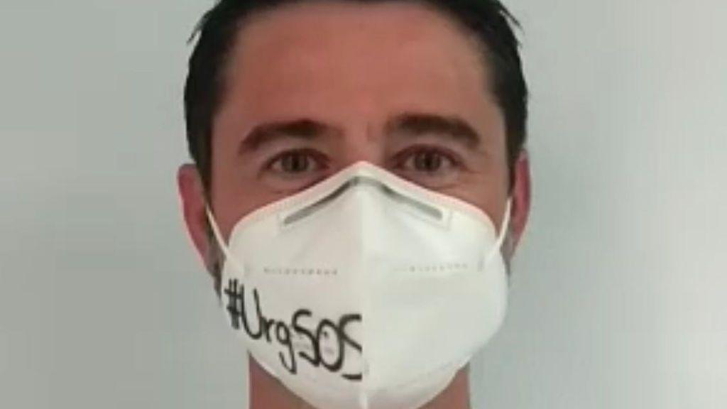 """Sergio Pardo, médico de Urgencias en Elche: """"Es durísimo dar una mala noticia por teléfono a familiares, oírlos llorar y no poder consolarlos"""""""
