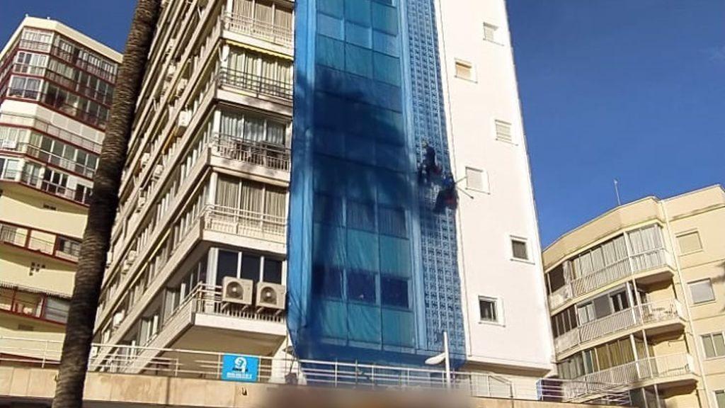 Detenida una mujer tras cortar una cuerda de sujeción de un operario a una altura de 13 plantas