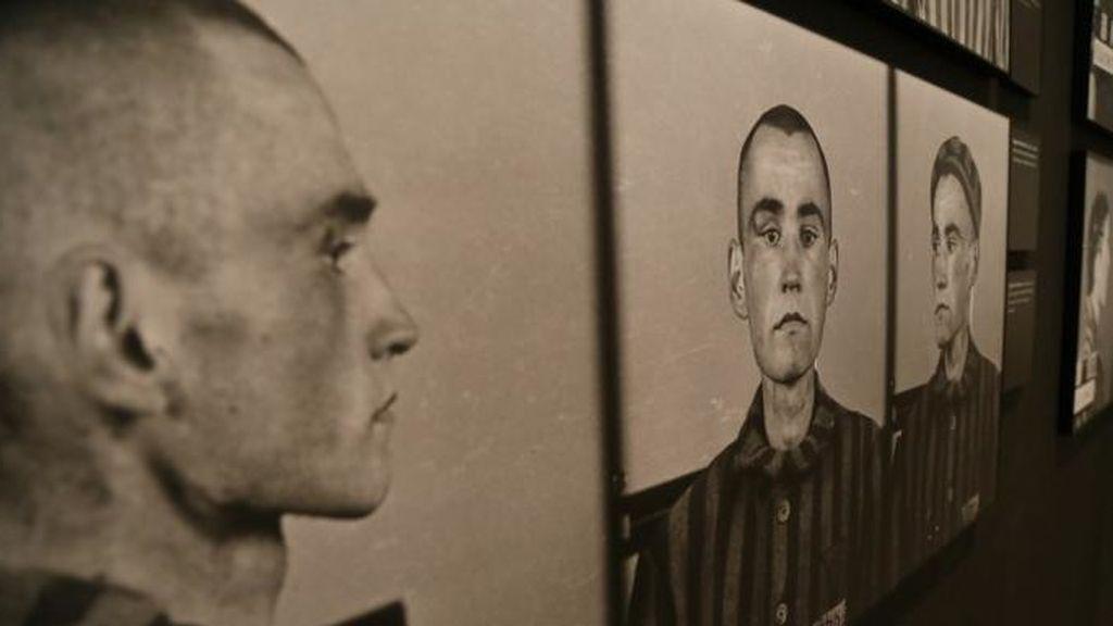 Retratos de presos judios en auschwitz.jpg