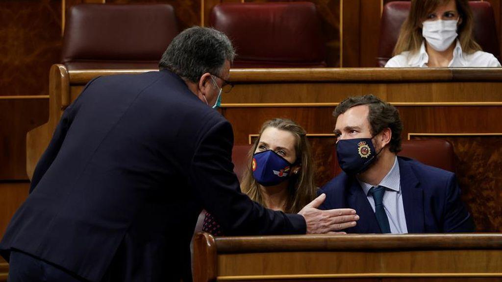 Vox salva al Gobierno de una derrota al abstenerse en el decreto de los fondos europeos