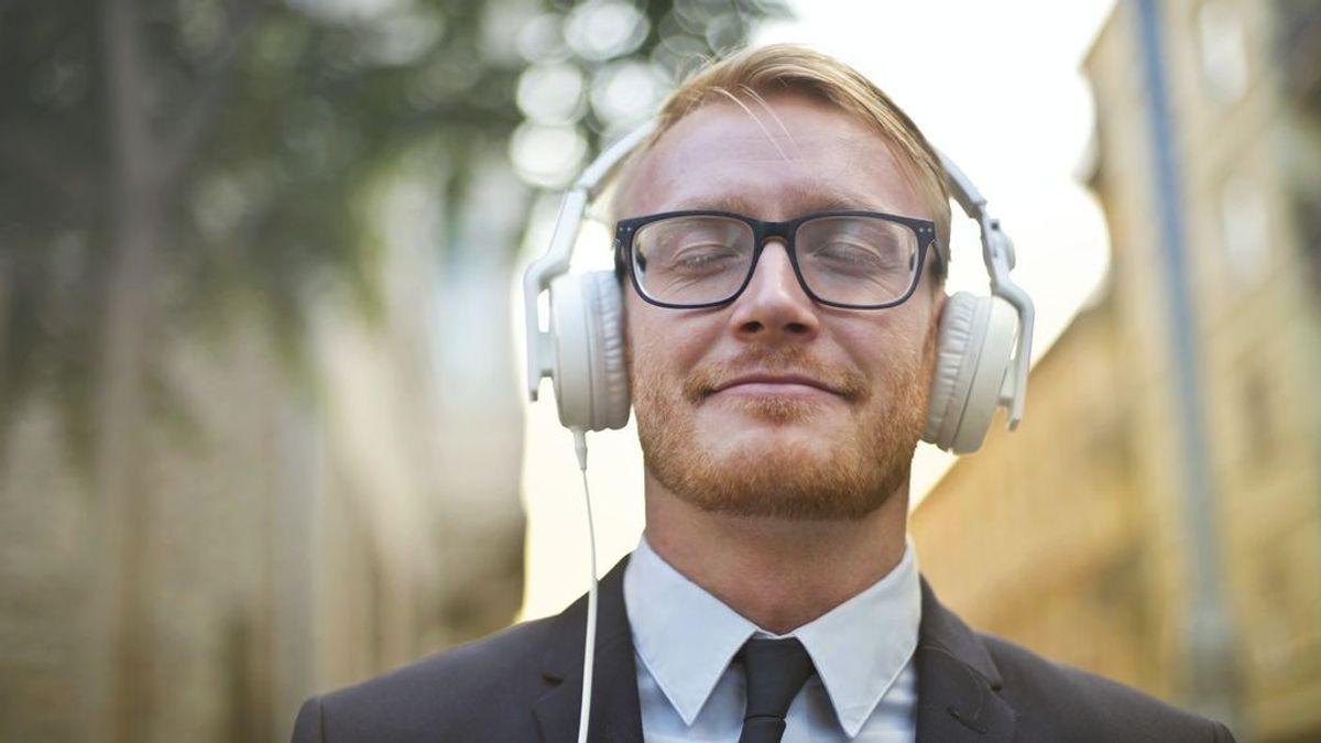 Adéntrate en las ondas: guía para conocer las principales plataformas de podcast