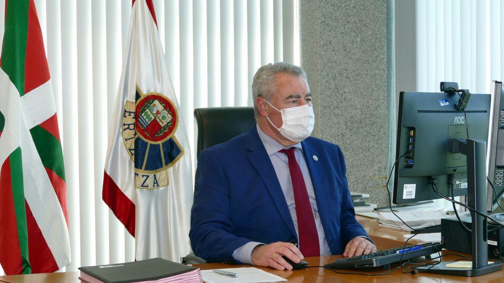 """El director de la Ertzaintza atribuye las protestas contra el toque de queda a """"negacionistas, radicales y antisistema"""""""