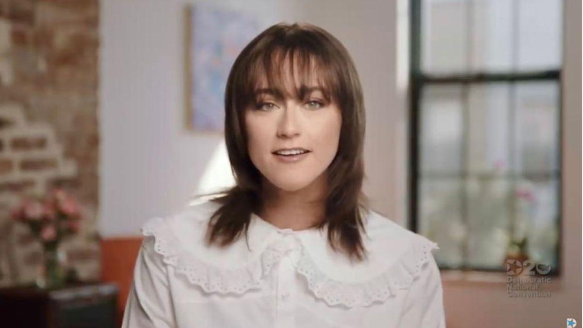 Los 'hilos' que teje la agencia IMG: de fichar a 'top models' a firmar con Ella Emhoff, hijastra de Kamala Harris