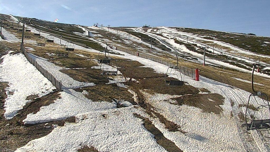 La nieve se despide de nuestras montañas: al menos tres estaciones de esquí han tenido que cerrar