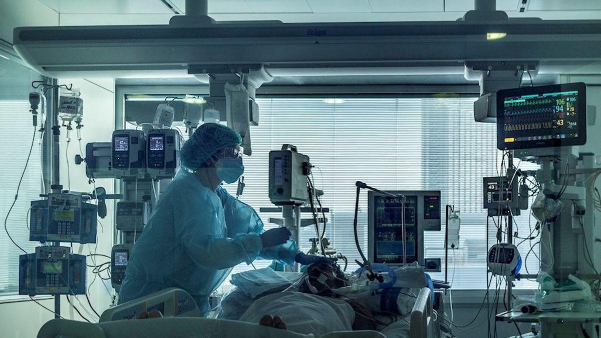 El coronavirus frena su ritmo de contagio pero recrudece la presión en los hospitales