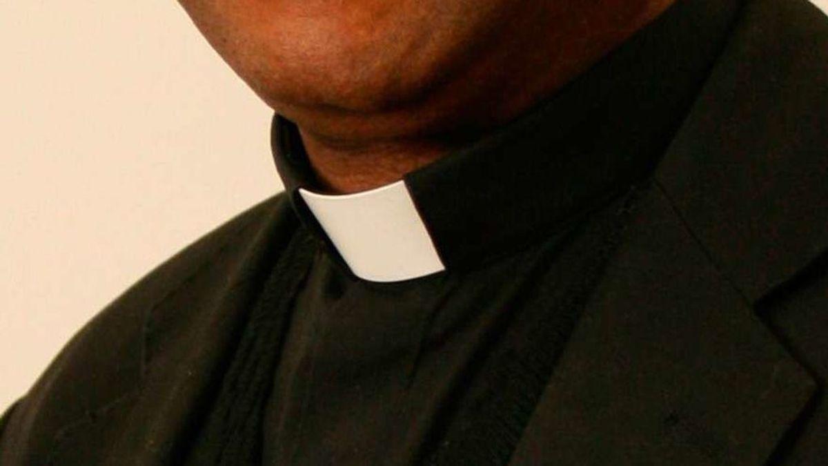 Sentencian a un sacerdote a 65 años de prisión por abuso sexual de una menor de edad