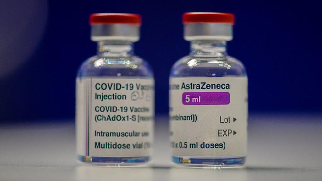 La vacuna de AstraZeneca se entromete entre Londres y Edimburgo