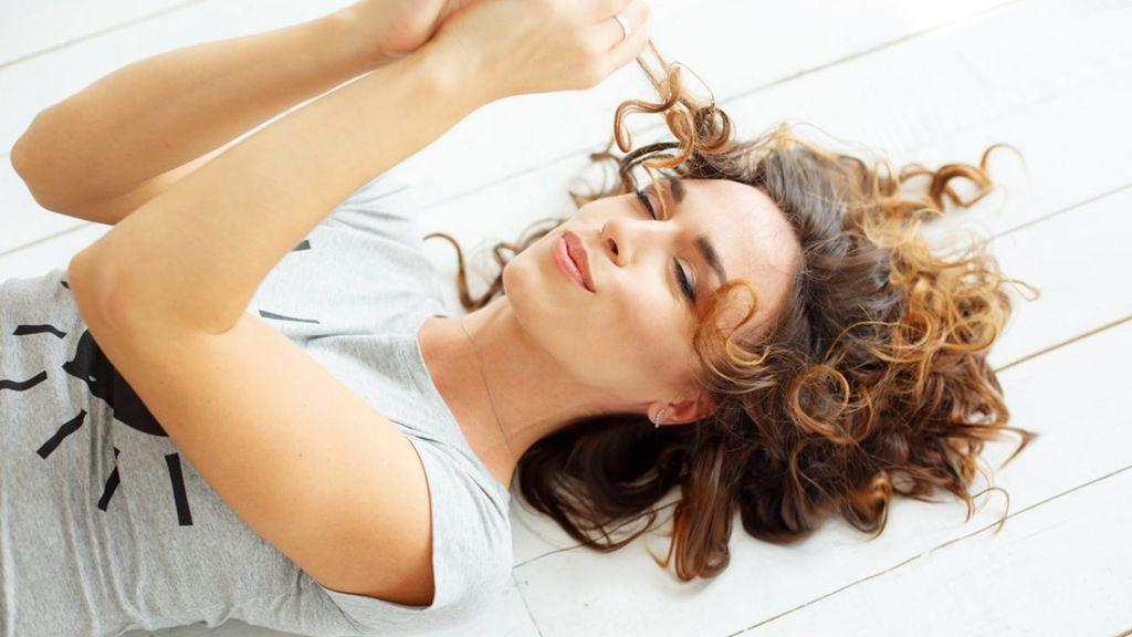 Es muy probable que el cabello necesite un poco de hidratación o nutrición.