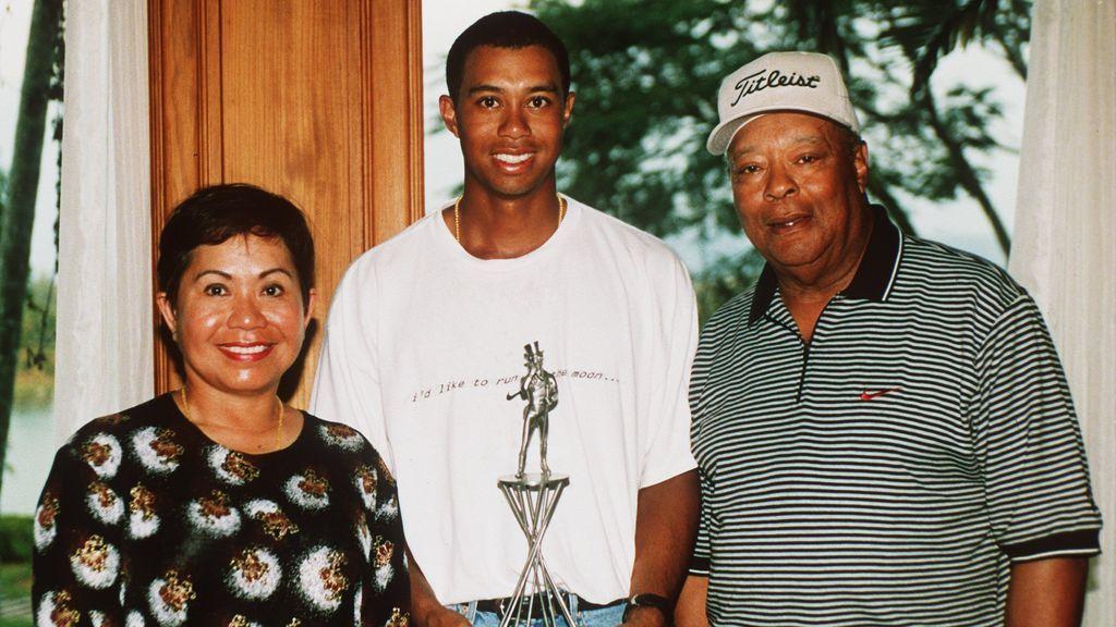 Tiger Woods en el diván