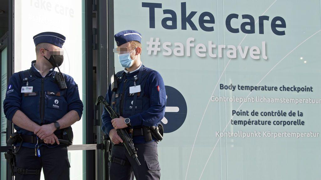 Casi 500 detenidos por una protesta no autorizada contra las restricciones en Bruselas