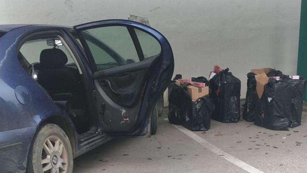 Tabaco intervenido en otro de los coches