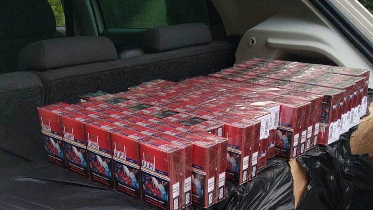 `Convoy Cigarettes´:  la Guardia Civil interviene 12.000 cajetillas de tabaco en tres vehículos que viajaban agrupados