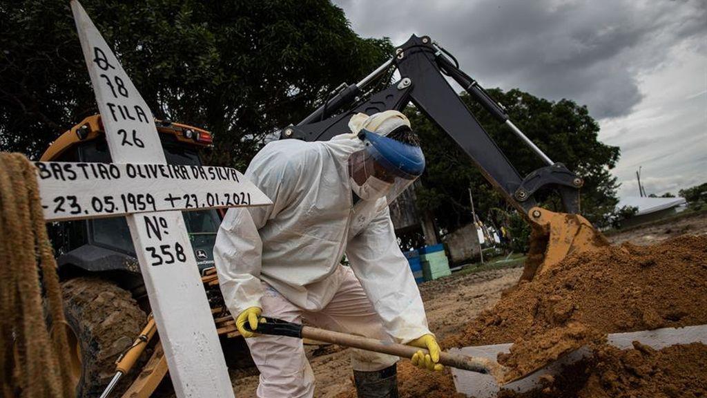 Caos de contagios en Manaos, Brasil.