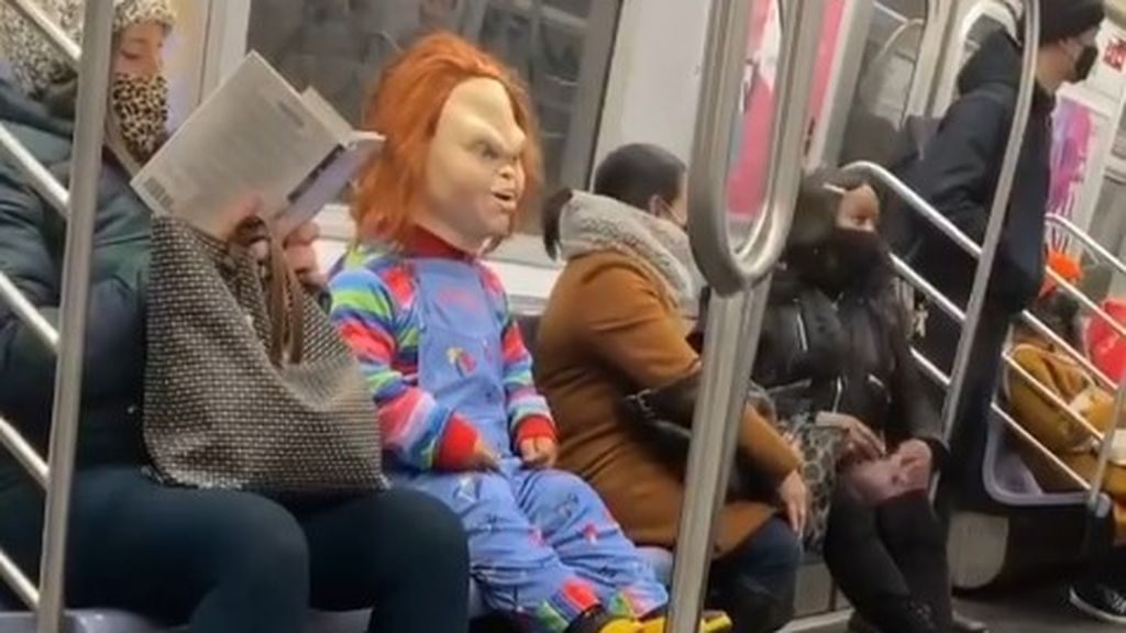Chucky en el metro