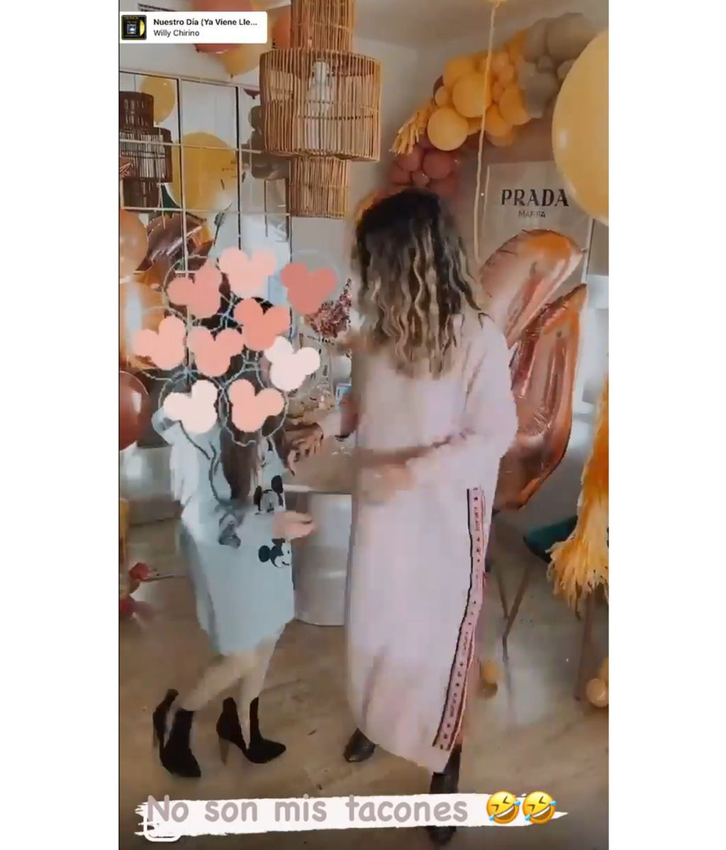 Elena Tablada bailando con Ella