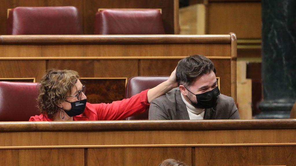 PSOE y Podemos apoyan que la mesa de diálogo sobre Cataluña se reúna tras el 14-F como pide ERC