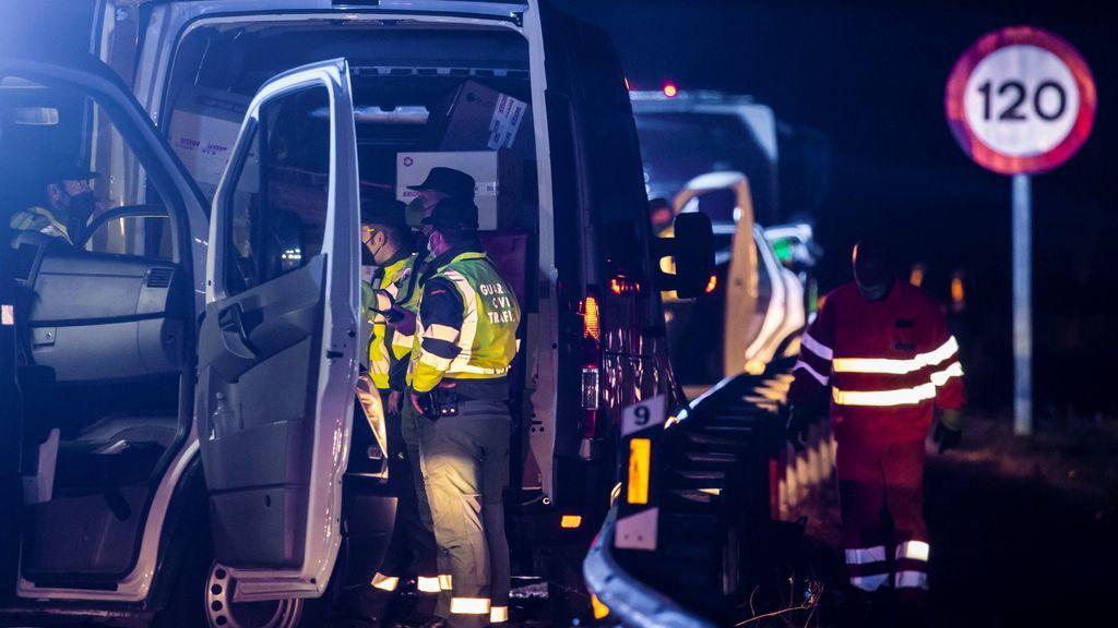 Muere un guardia civil atropellado en un control de movilidad en Asturias: hay otros dos agentes heridos