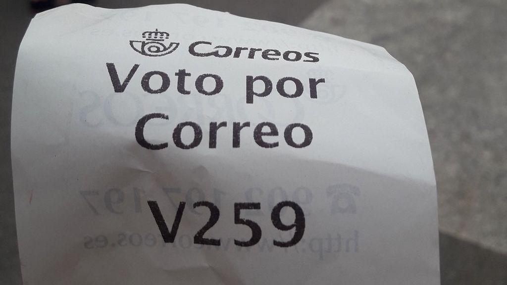 Chupar el sobre en el voto por correo: los sindicatos preocupados, Correos defiende que es seguro
