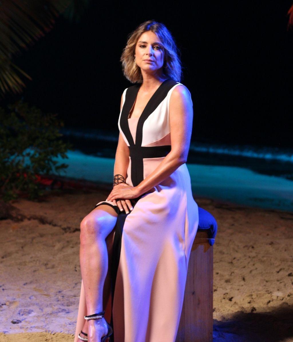 Sandra Barneda en la primera hoguera de 'La isla de las tentaciones 3'