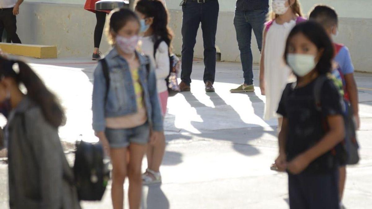 Fiestas de pijamas, celebraciones de cumpleaños y quedadas en parques: las quejas de los profesores a las familias de un colegio de Sevilla