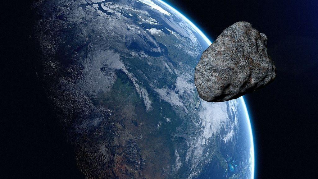 El asteroide 18 Melpomene pasa cerca de la Tierra: ¿cuánto mide y qué peligro supone para nuestro planeta?