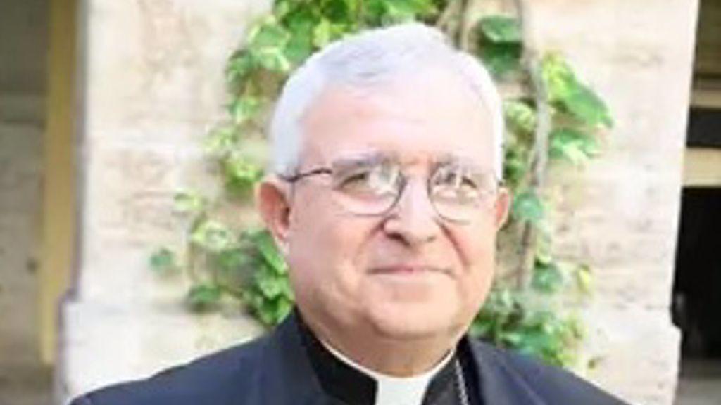 La Comunidad Valenciana investiga la vacunación irregular del obispo de Alicante