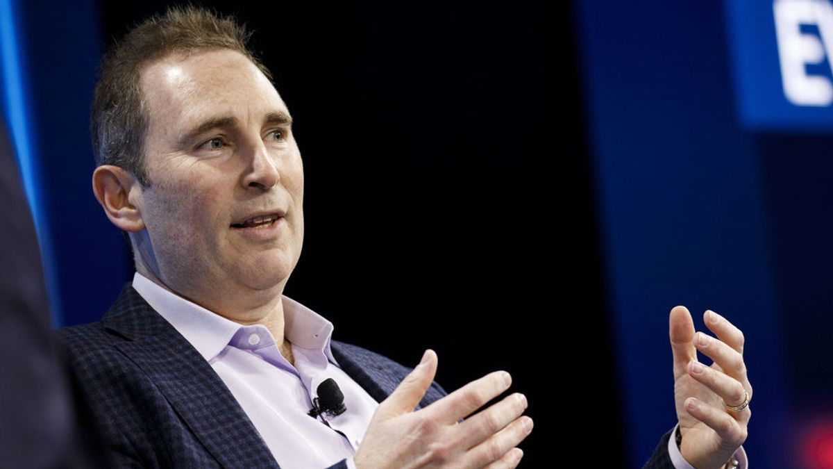 Quién es Andy Jassy, el relevo de Jeff Bezos en Amazon