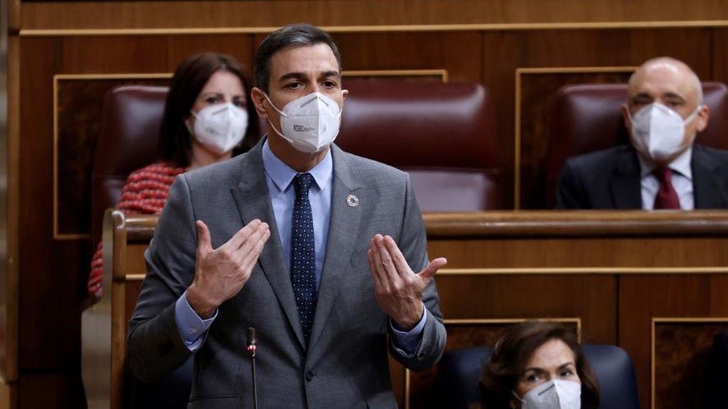 El presidente del Gobierno, Pedro Sánchez, en la sesión de control