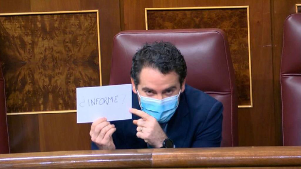 """Igleias a Egea: """"Está haciendo el ridículo"""""""