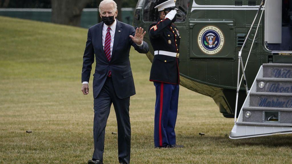 Biden desciende helicóptero Casa Blanca