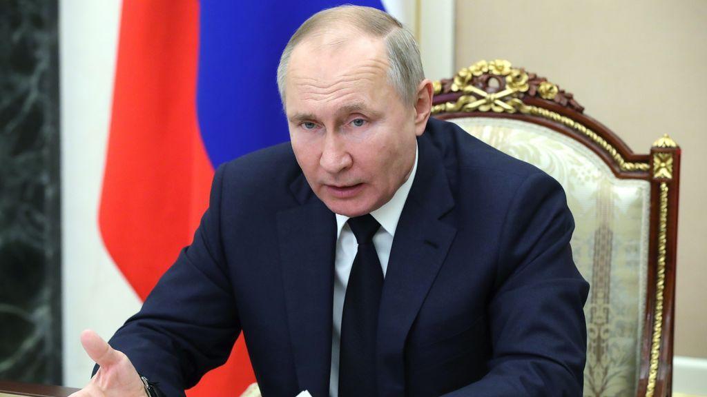 La relación de Putin y la vacuna Sputnik V: todas las excentricidades del dirigente ruso