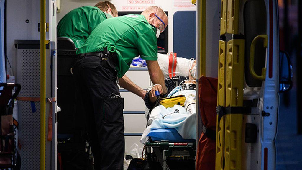 Reino Unido continúa disminuyendo sus fallecidos por COVID-19 pero registra un leve aumento de contagios