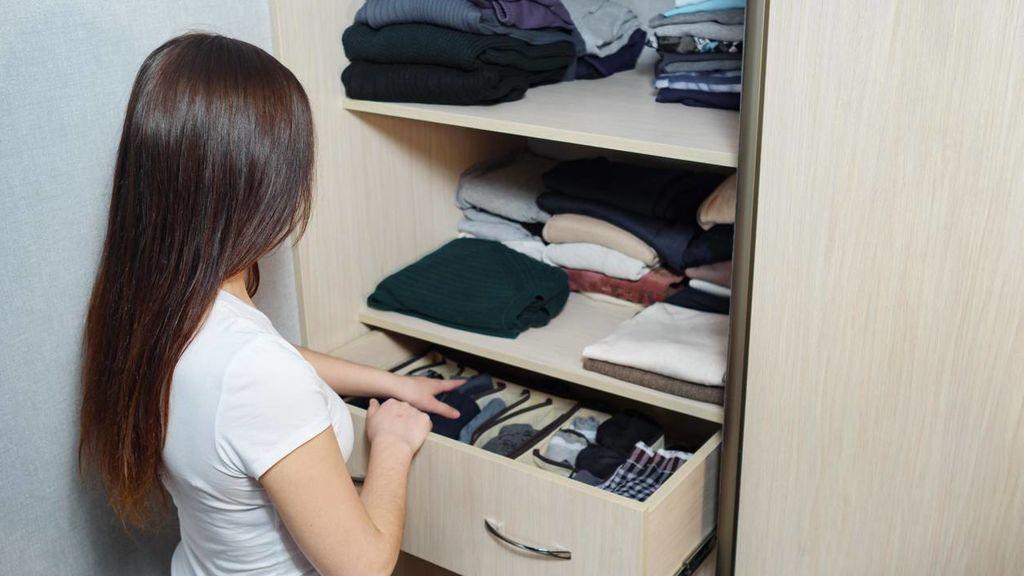 Cómo limpiar el interior de tu armario en seis sencillos pasos