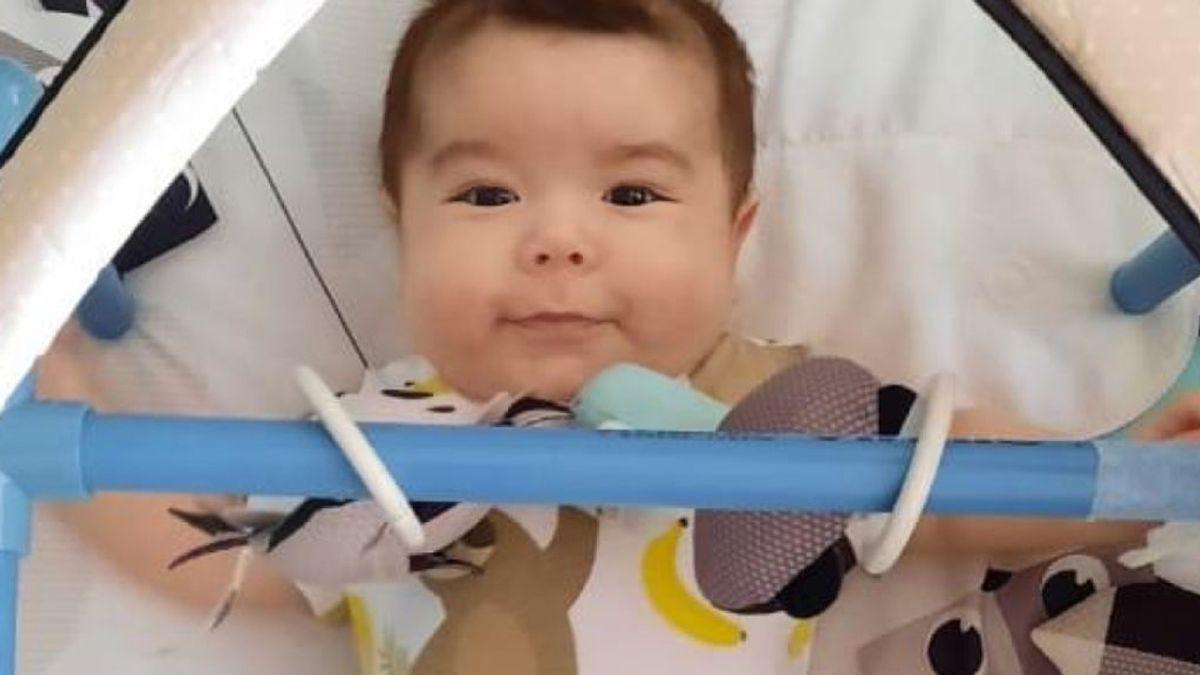 Rafita lo ha logrado: el bebé chileno ya tiene el medicamento más caro del mundo gracias al 'crowdfunding'