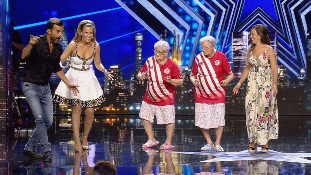 Edurne baila junto a las abuelas de TikTok