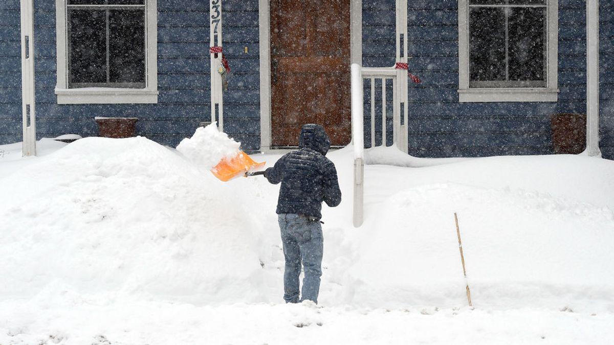 Tres muertos en una pelea entre vecinos que quitaban la nieve de sus parcelas en Pensilvania