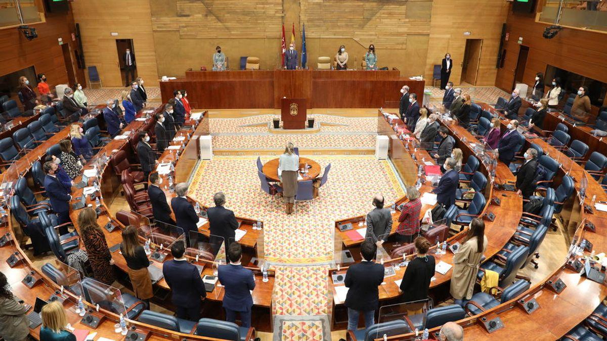 Suspenden la comisión que investiga la crisis de la residencias de Madrid porque uno de los comparecientes con discapacidad no puede acceder a la sala