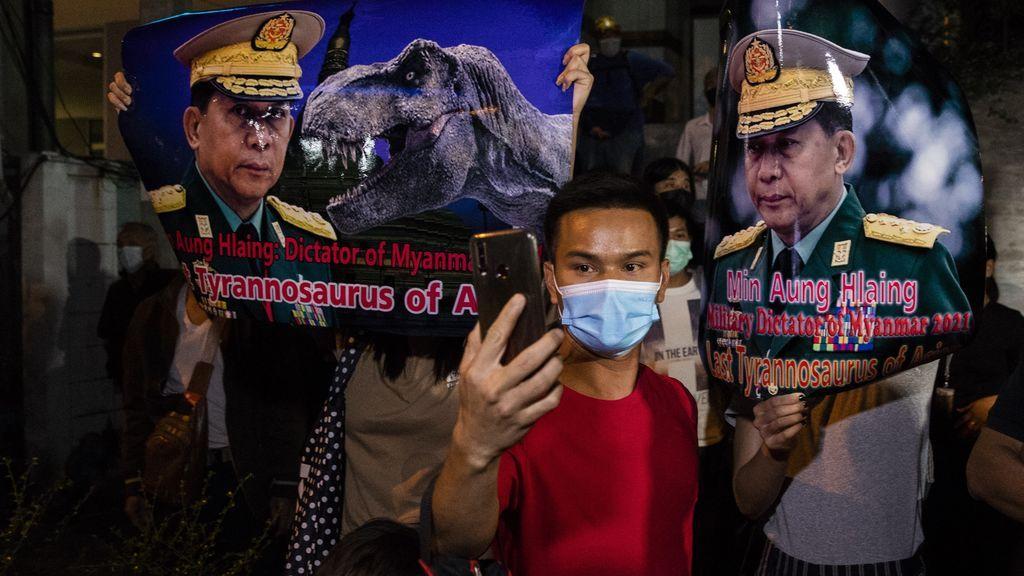 Los ciudadanos de Birmania salen a las calles para protestar contra el golpe de Estado
