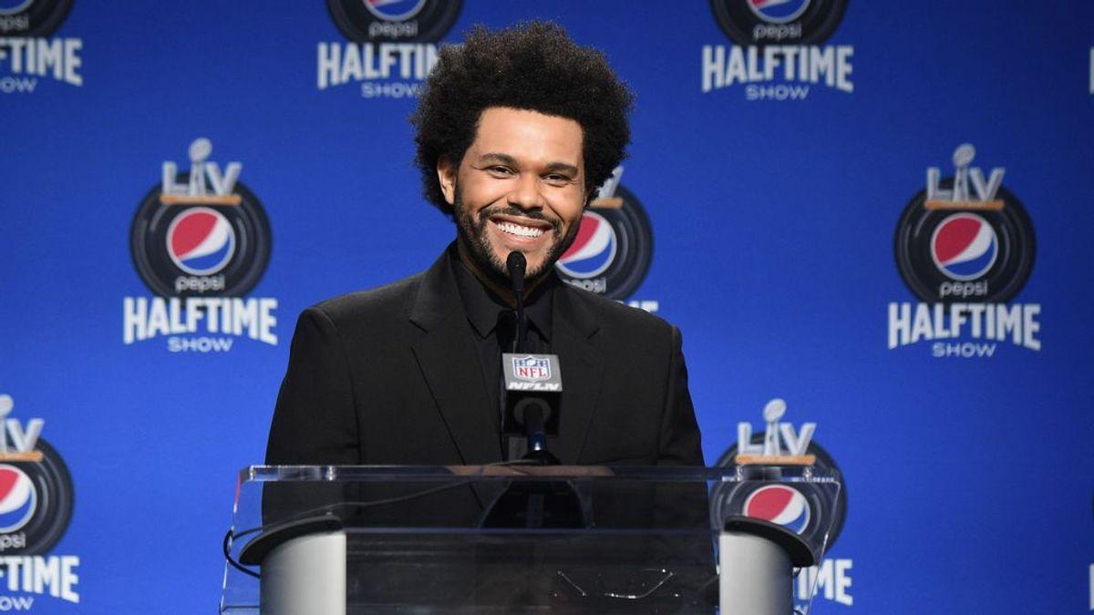 The Weeknd, la estrella en el descanso de la Super Bowl, donde no actúa Rosalía