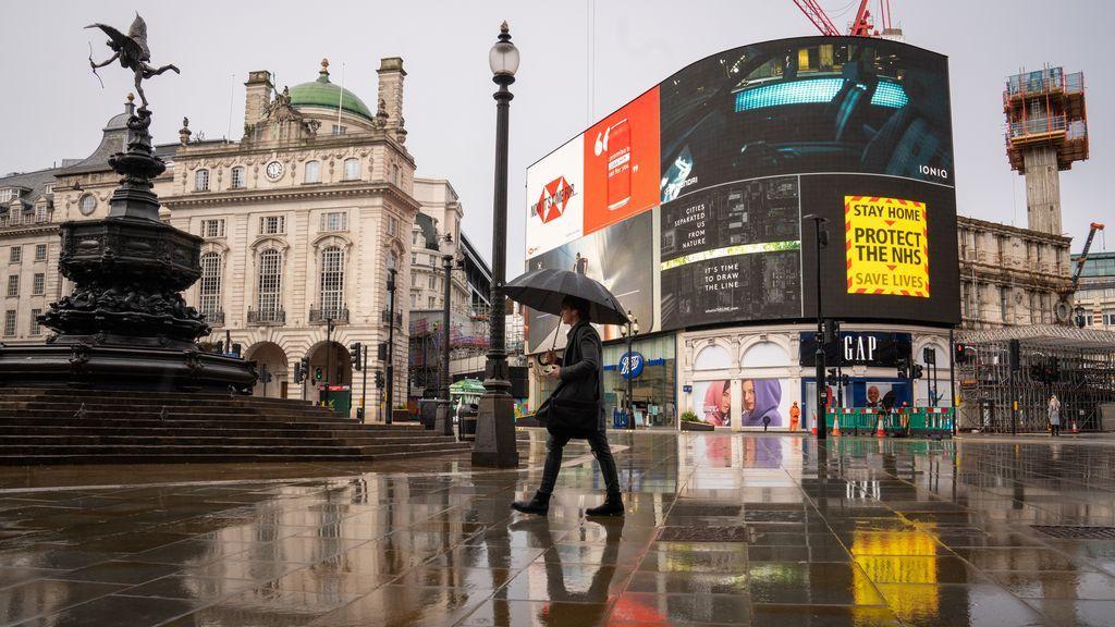 Reino Unido registra 18.200 nuevos casos y más de 820 fallecidos en las últimas horas