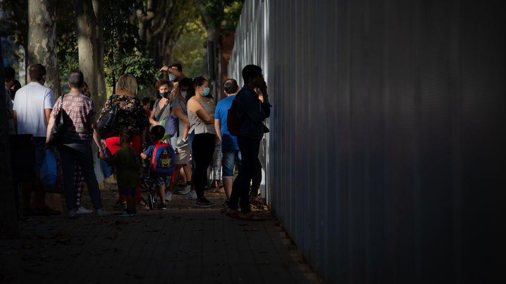 Cataluña contabiliza 1.905 grupos escolares confinados y siete centros cerrados